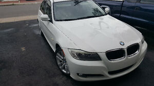 2011 BMW 3-Series 323i Berline