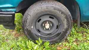 Like new winter tires 215/70R15 with rims Kingston Kingston Area image 2