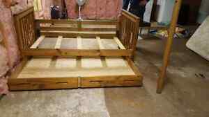 GREAT STARTER BED!