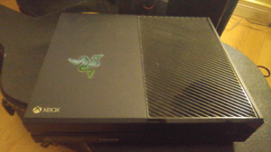 Xbox One (Black Base Model) w/ games and one controller