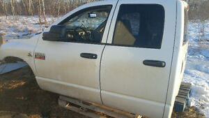 PARTING OUT 2008 Ram 3500 Pickup Truck