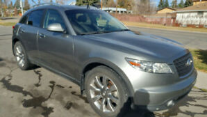 INFINITI FX45 FULLY LOADED AWD DVD BACKUP-CAM AND CLEAN CARPROOF