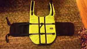 XXL dog life jacket brand new