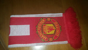 Manchester United Hat & Scarf