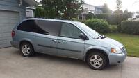 2005 Dodge Grand Caravan Minivan, Van