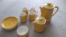 Honiton Pottery Coffee set