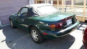 1994 Mazda MX-5 Miata British Racing Green