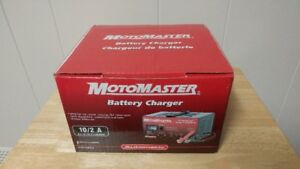 Motomaster Battery Charger (New)