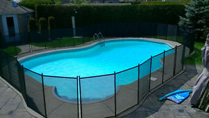 REMOVABLE SAFETY POOL FENCE in Kingston