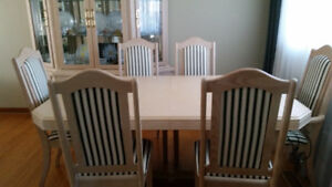 solid bleached oak 10 piece dining set