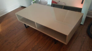 GRAND NEW COFFEE TABLE Structube