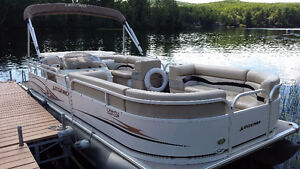LEGEND PONTOON BOAT FOR SALE