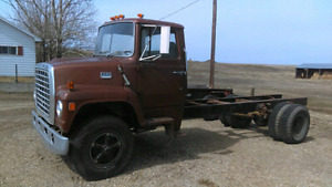 1975 Ford 800 3 Ton Truck.