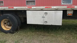 53' Lode King Flatbed Trailer Peterborough Peterborough Area image 3