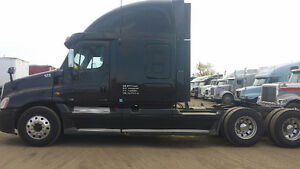 2010 CASCADIA BY OWNER