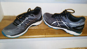 Asics GT-2000 5 Size 11 with 1 month of use