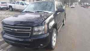 2007 Chevy Avalanche LT - Low KMs, NEW winter tires