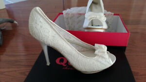 "European  ""Queen Shoes company "" white lace 4 -1/5 heels ."