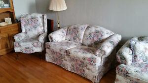 Living room set-floral pattern