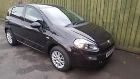 Fiat Punto Evo 1.4 Active. FSH. CD/USB/BLUETOOTH. ALLOYS. EW. EM. RCL. WARRANTY.