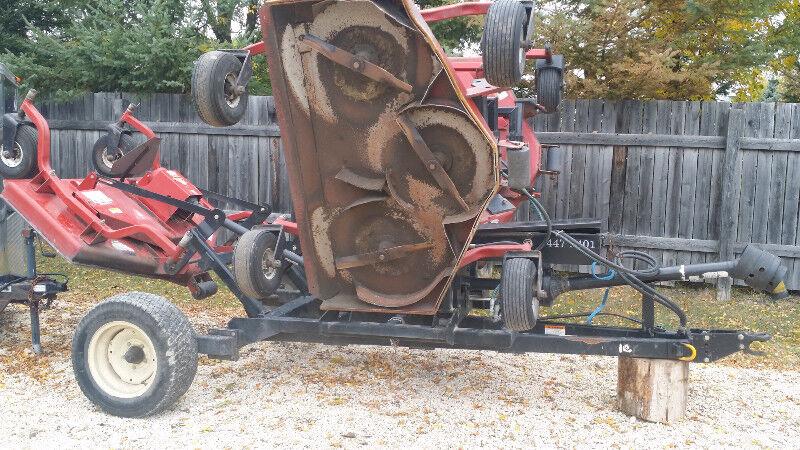 Farm King Finish Mower : Buhler farm king triplex finishing mower farming