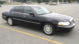 *****2003 Lincoln Town Car 3800$******