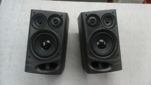 Ensemble de haut parleu r 3 voies AIWA 50 watts