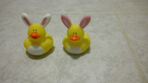 Set of 2 easter rubber duckies - New