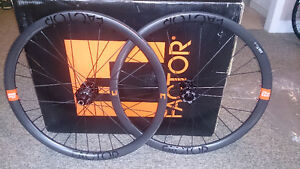 2016 Factor 327 Carbon wheelset (New in packaging)