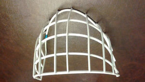 FS: CCM pro goalie replacement cage (new)