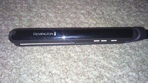 "Remington 1"" Ceramic Hair straightener"