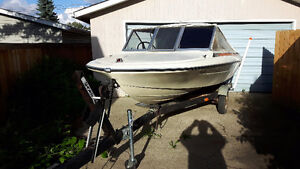 Glastron Fiberglass 16 Foot Boat with motor & trailer