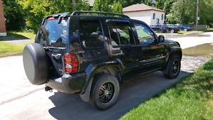 Jeep liberty limited edition 2002 (prix descendu plusieurs fois)