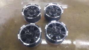 """Mags17"""" 5 x 127 Pour Jeep Wranger/ Commander/Grand Cherokee"""