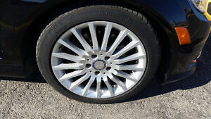 OEM  4 ORIGINAL 17 inch mags and Continental tires