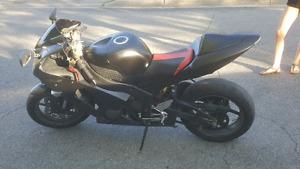 05 ninja zx6r safty valid for 10 more days  today only$ 3500