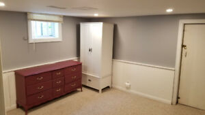 McMaster Student House-Large Room -$450/mth -4 mth lease!