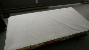 Box spring in good condition