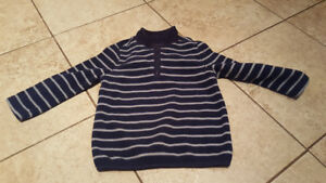 boys size 2 sweater