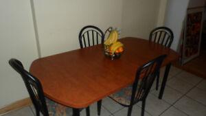 Table de cuisine/ Kitchen dinner table