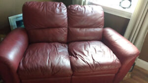 Love seat.    Leather