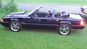 1990 ford mustang 5.0l convertible triple black