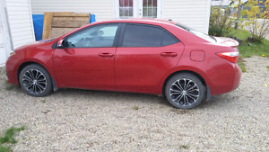 2014 toyota corolla s Low kms