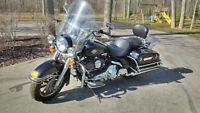 2006 HD Road King Police.Low kms. Cash or trade for a p/u truck
