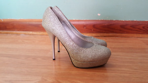 Women's size 8 sparkly shoes