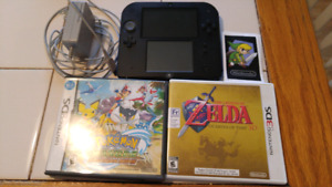 Nintendo 2 ds and two games