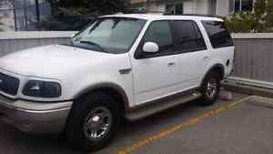 2002 Ford Expedition  (Eddie Bauer) *pending sale*