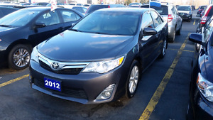 2012 toyota camry XLE (fully loaded Nav, leather, sunroof)