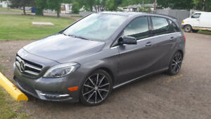 2013 Mercedes-Benz  B 250 in Medicine Hat