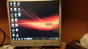 """17"""" hp Lcd computer monitor"""